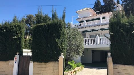 4 bedroom Villa for sale in Calypso – R3250189 in