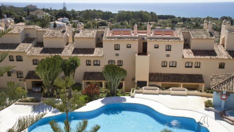 2 bedroom Apartment for sale in Marbesa – R3529840