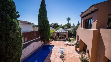 4 bedroom Villa for sale in Guadalmina Alta – R3270559
