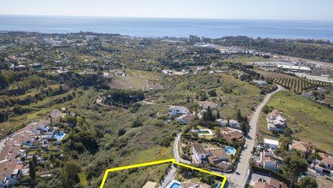 3 bedroom Villa for sale in Estepona – R3404524