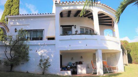3 bedroom Villa for sale in Calahonda – R3540232