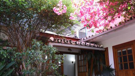 Villa de 8 dormitorios en venta en San Pedro de Alcántara – R2909594 en