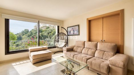 3 bedroom Apartment for sale in Altos de los Monteros – R3535375