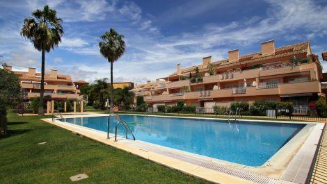 2 bedroom Apartment for sale in Elviria – R3369955