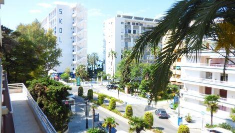 Apartamento de 2 dormitorios en venta en Marbella – R3116776