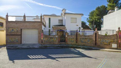 4 bedroom Villa for sale in Mijas Costa – R3397186 in