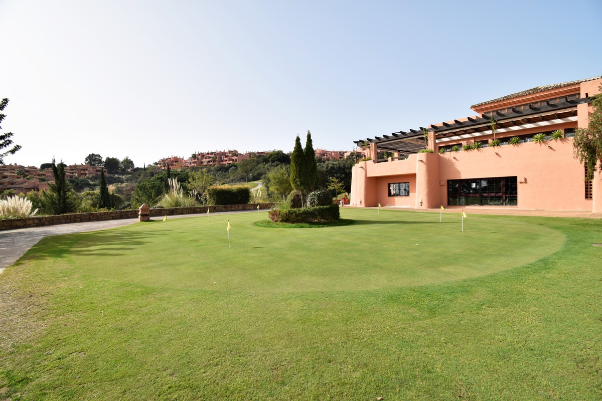 3 bedroom Penthouse for sale in La Mairena – R3466267