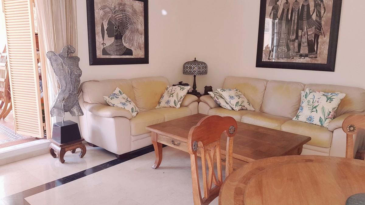 Apartamento de 2 dormitorios en venta en Las Chapas – R3395926