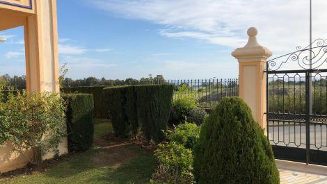 4 bedroom Apartment for sale in Sierra Blanca – R3600653