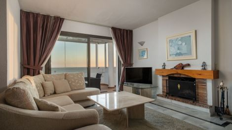 2 bedroom Penthouse for sale in Calahonda – R3603896 in