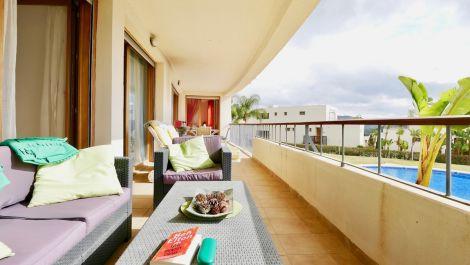 Apartamento de 3 dormitorios en venta en Altos de los Monteros – R3614795 en