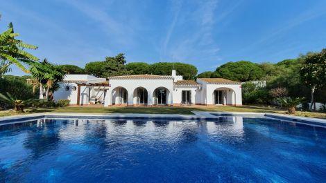3 bedroom Villa for sale in Artola – R3597248 in