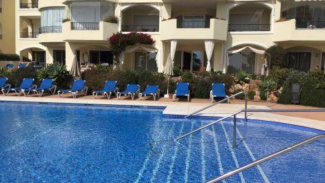3 bedroom Apartment for sale in Elviria – R3595807