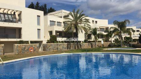 Apartamento de 3 dormitorios en venta en Altos de los Monteros – R3611858 en
