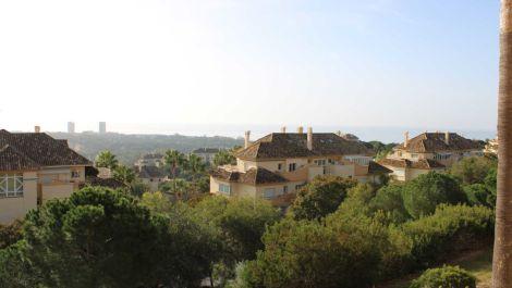 3 bedroom Apartment for sale in Elviria – R3605717
