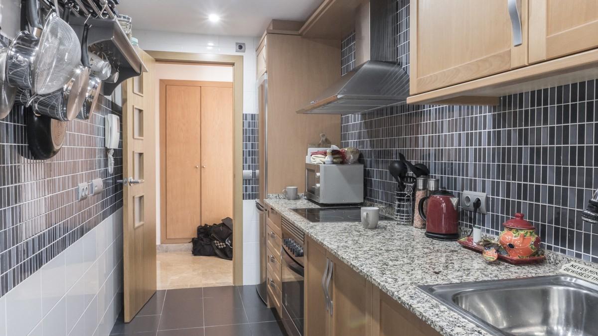 Apartamento de 2 dormitorios en venta en Selwo – R3597467
