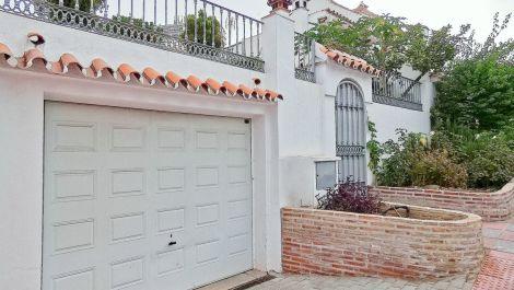 Adosado de 3 dormitorios en venta en Nueva Andalucía – R3349612 en