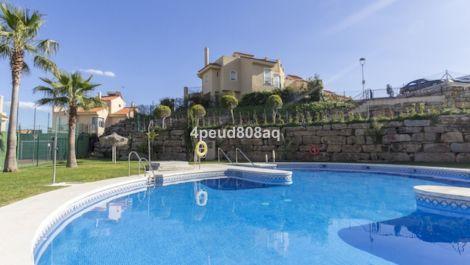 Villa Pareada de 3 dormitorios en venta en Riviera del Sol – R3597290