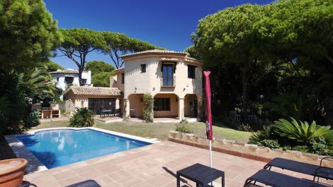 4 bedroom Villa for sale in Cabopino – R3030437 in