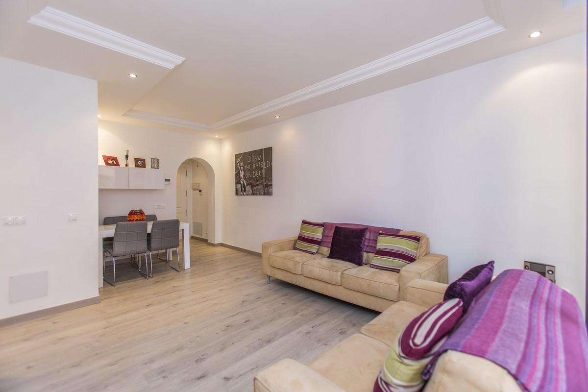 3 bedroom Apartment for sale in Elviria – R3360910
