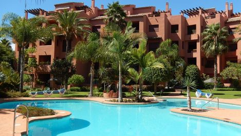 2 bedroom Apartment for sale in Las Chapas – R3215587 in