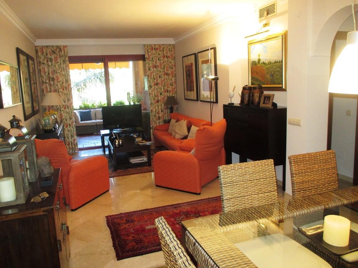 Apartamento de 2 dormitorios en venta en Las Chapas – R3215587