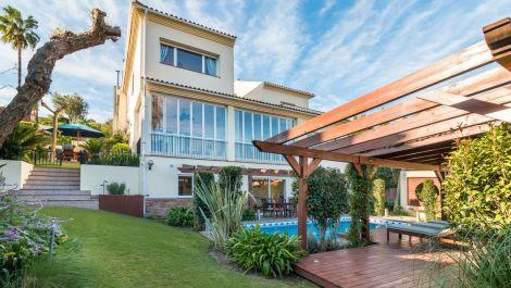 Villa de 5 dormitorios en venta en Sotogrande Alto – R3570169 en