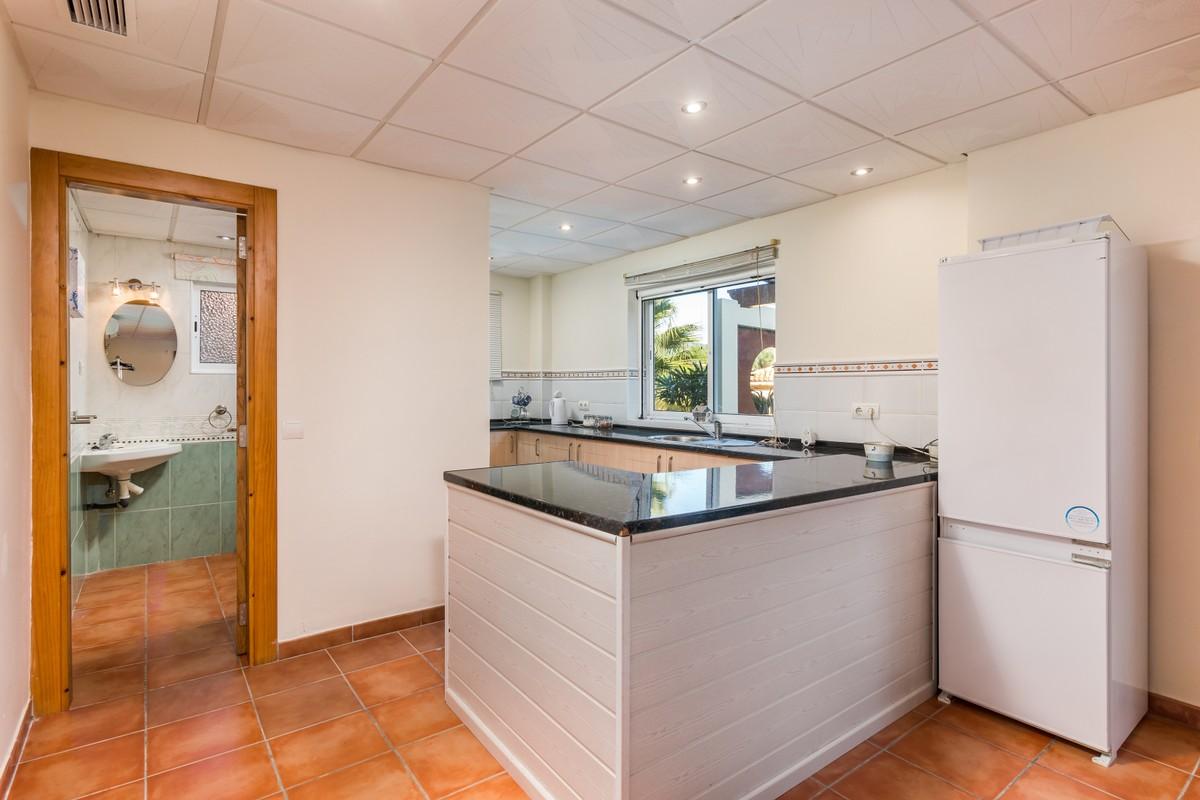 5 bedroom Villa for sale in Sotogrande Alto – R3570169