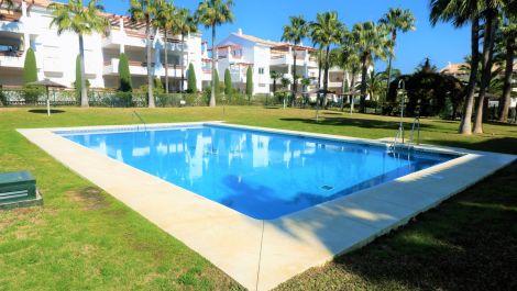 Apartamento de 3 dormitorios en venta en Selwo – R3608651 en