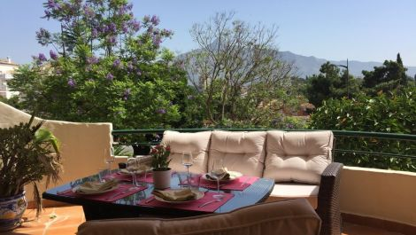 2 bedroom Apartment for sale in Nueva Andalucía – R3341446