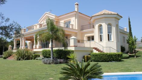 6 bedroom Villa for sale in Los Flamingos – R1946888 in