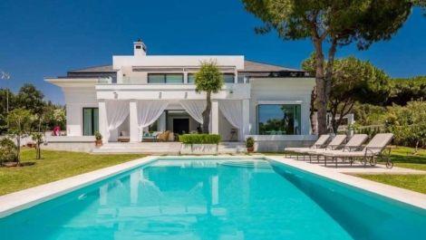 Villa de 4 dormitorios en venta en Las Chapas – R3598286 en
