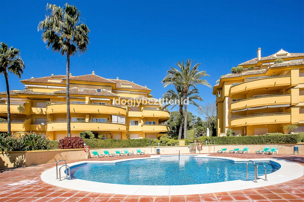 3 bedroom Apartment for sale in Río Real – R3134710
