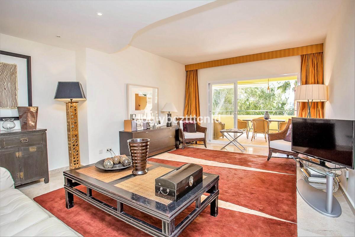Apartamento de 3 dormitorios en venta en Río Real – R3134710