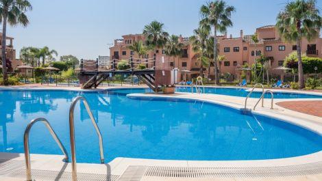 3 bedroom Apartment for sale in Hacienda del Sol – R2739236 in
