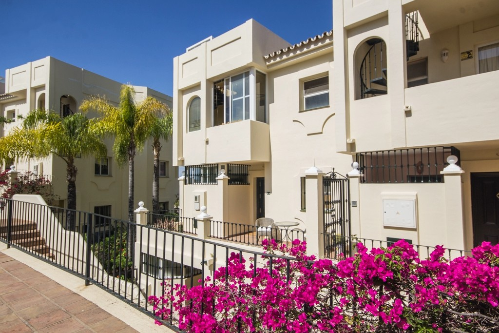 2 bedroom Penthouse for sale in La Quinta – R3184300