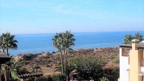 Atico de 4 dormitorios en venta en Bahía de Marbella – R3465028 en