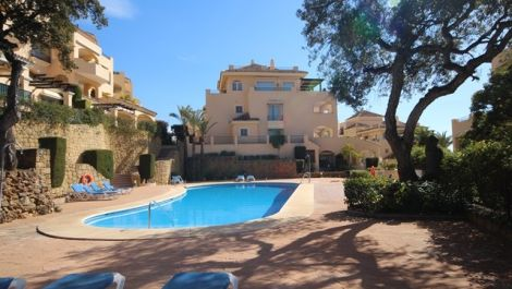 3 bedroom Apartment for sale in Elviria – R3105184