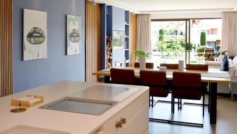 Apartamento de 2 dormitorios en venta en Estepona – R3350785