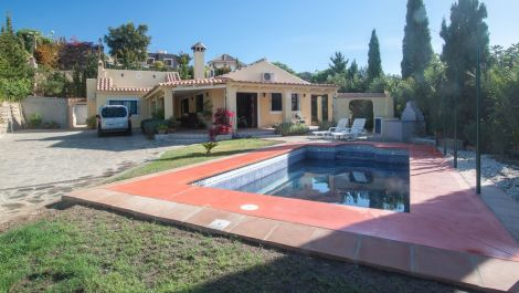 2 bedroom Finca for sale in Estepona – R2966840