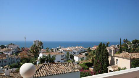 Villa de 3 dormitorios en venta en Riviera del Sol – R3517285 en