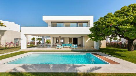 Villa de 4 dormitorios en venta en Río Real – R3539692