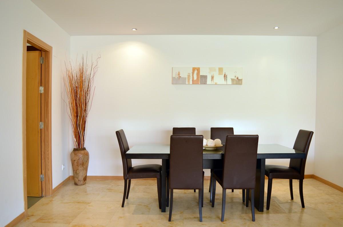3 bedroom Apartment for sale in Altos de los Monteros – R3465550