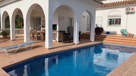 3 bedroom Villa for sale in Calahonda – R3536668 in