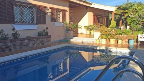 4 bedroom Villa for sale in Río Real – R2828429 in