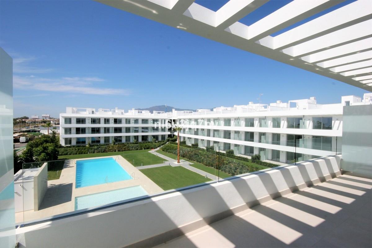 Atico de 2 dormitorios en venta en Nueva Milla de Oro – R2929391