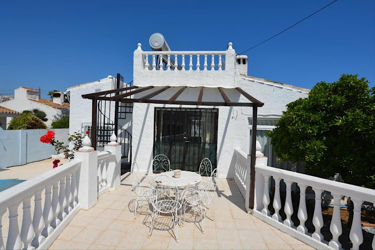 Villa de 4 dormitorios en venta en Calypso – R3424549