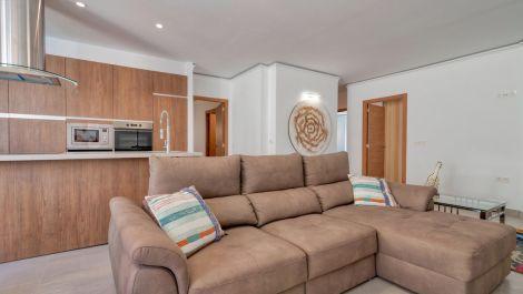3 bedroom Apartment for sale in Puerto Banús – R3468085
