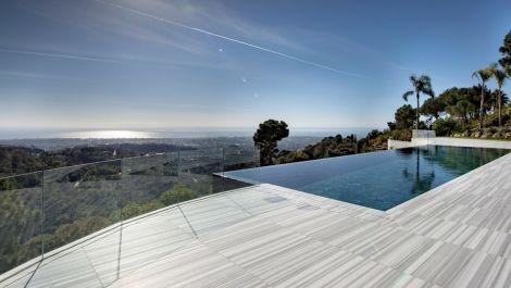 10 bedroom Villa for sale in La Zagaleta – R2630780