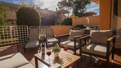 2 bedroom Apartment for sale in Elviria – R3536179 in